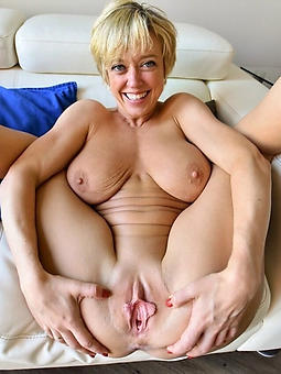 Mature shaved pussys