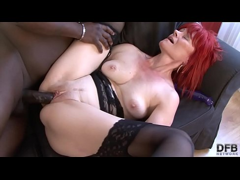 kisses pussy photos in pakistan